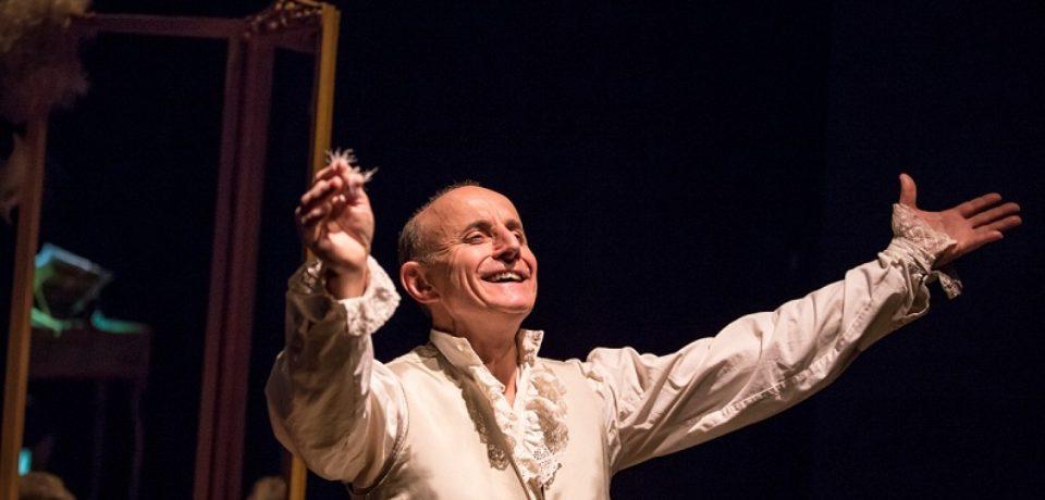 Giuseppe Cederna, debutto di successo per Mozart ritratto di un genio