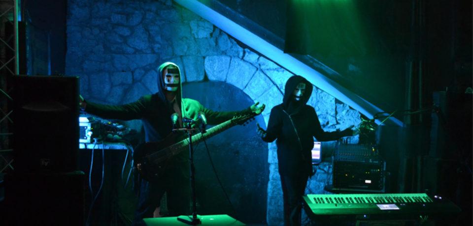 Hypnotic è il primo singolo da Mankind, seconda prova dei Soulspirya