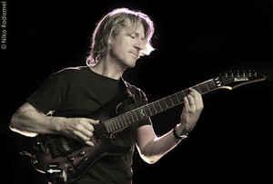 Dalla Francia la chitarra di Yannick Robert
